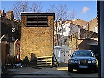 TQ3075 : Clapham North deep shelter (south), Bedford Road, SW4 - ventilation shaft by Mike Quinn