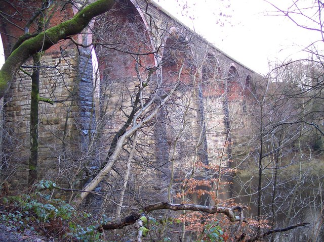 Railway viaduct over Wayoh Reservoir