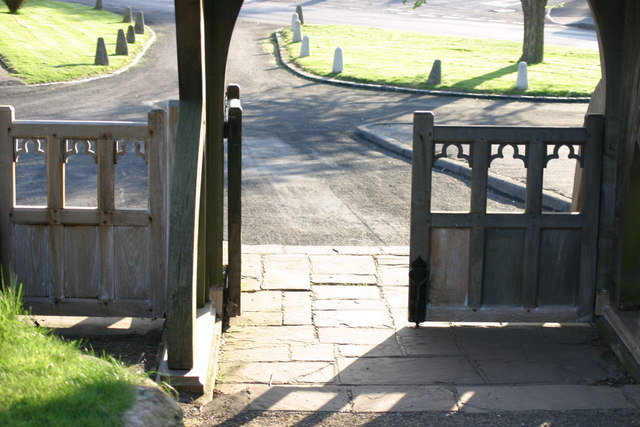 St Mary the Virgin, Church Lychgate (9)