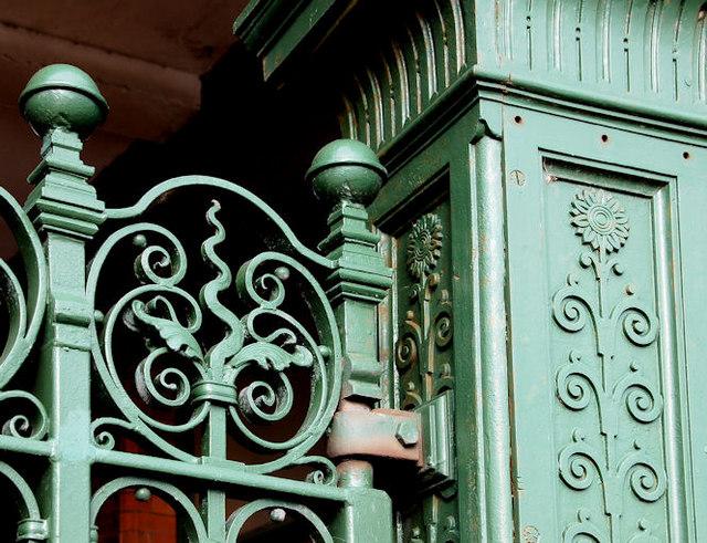 Former Harland & Wolff gates, Belfast (4)
