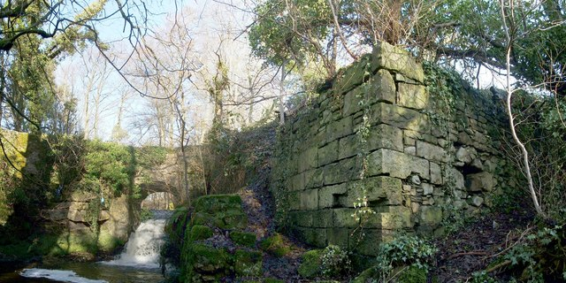 The ruins of Garshake Corn Mill