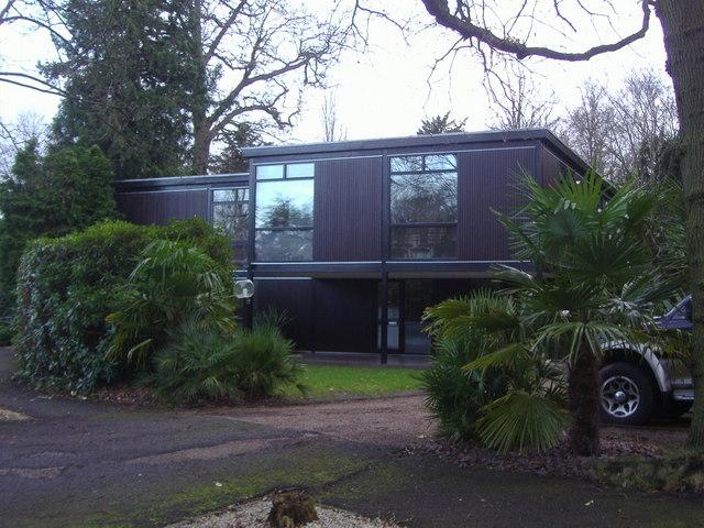 House on Lakeside Drive, Esher