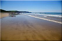 SM8421 : Newgale Sands by Roger Gittins