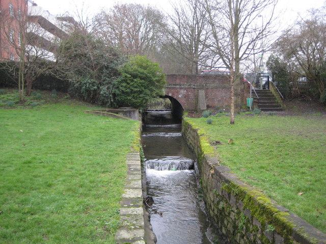 Mutton Brook in Hampstead Garden Suburb