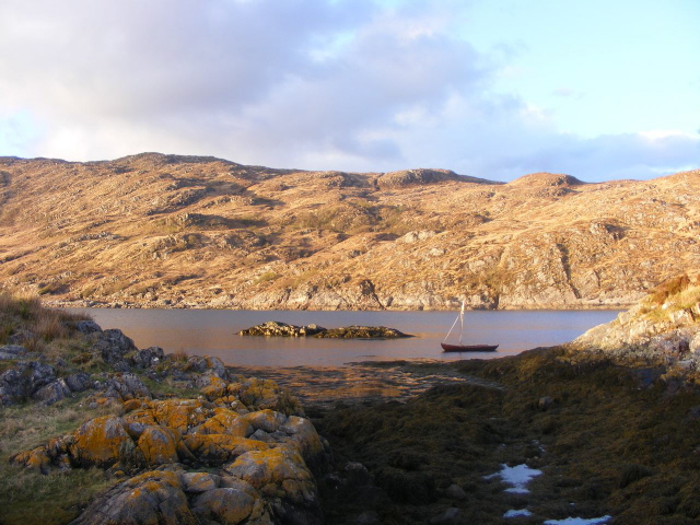 Rocks east of Eilean Rubha an Ridire