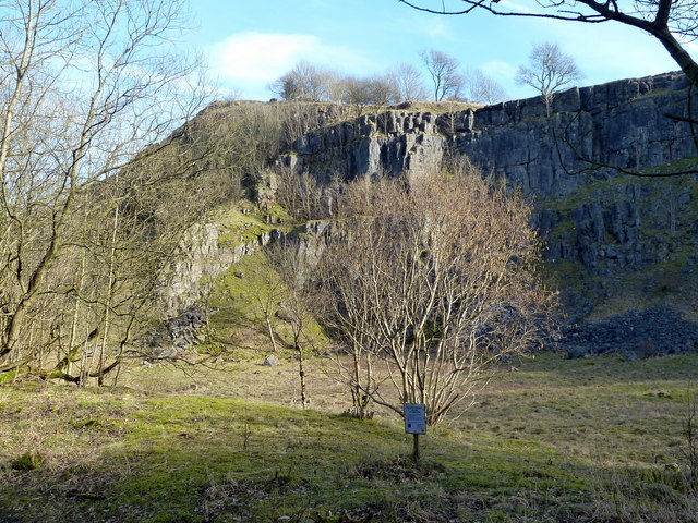 Disused quarry in Miller's Dale