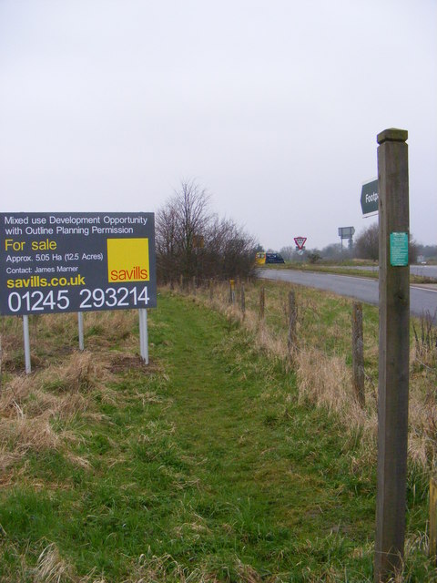 Footpath along and to the A12 Saxmundham Bypass