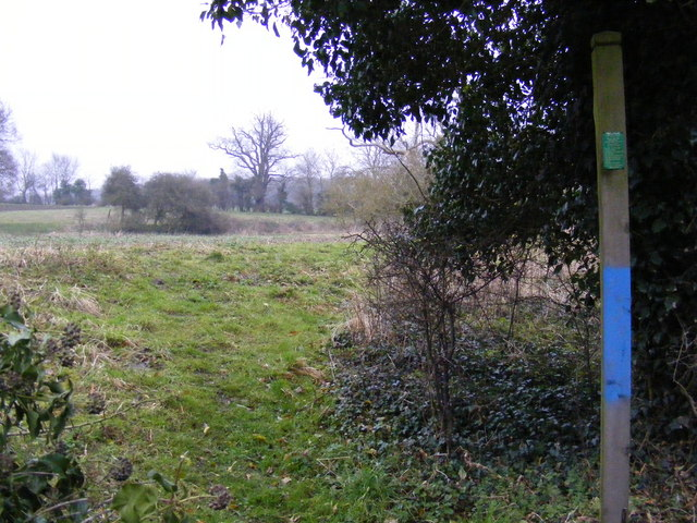 Footpath to the A12 Saxmundham Bypass