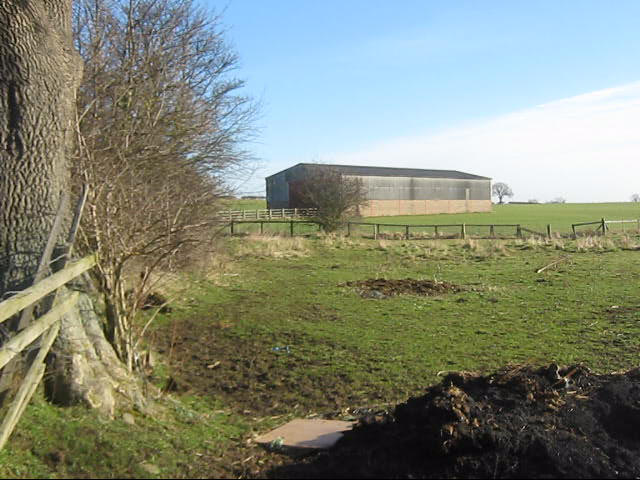 Farm barn next to Walworth Road