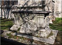 TQ2475 : All Saints, Fulham High Street - Churchyard by John Salmon