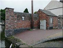 SO8453 : Restored brickwork in Diglis Basin, Worcester by Roger  Kidd
