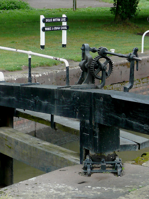 Winding gear on Diglis Bottom Lock, Worcester