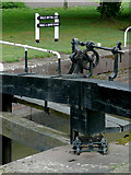 SO8453 : Winding gear on Diglis Bottom Lock, Worcester by Roger  Kidd