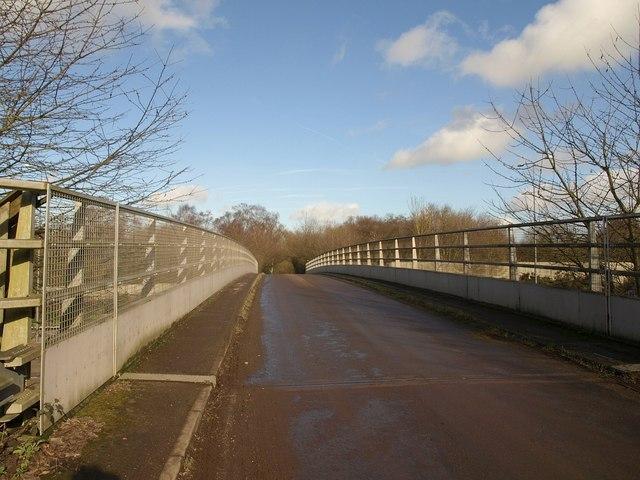 Bridge across M25