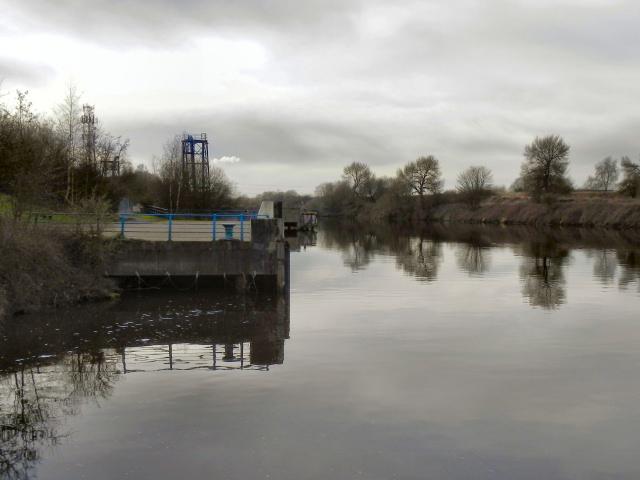 Manchester Ship Canal, Davyhulme