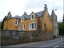 NT3366 : Old manse and kirk at Newbattle by kim traynor