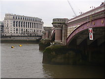 TQ3180 : Blackfriars Bridge by Colin Smith
