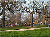 TQ5838 : The Grove, Royal Tunbridge Wells by Robin Webster