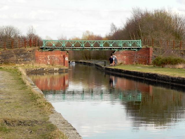 Bridgewater Canal, Vicars Hall Bridge
