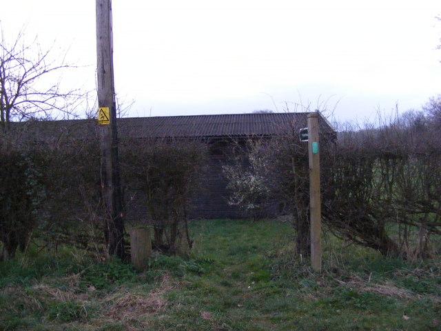 Footpath to Holdans & Chapel Lanes