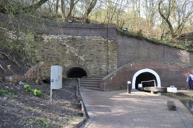 Dudley Canal Tunnel 169 Ashley Dace Cc By Sa 2 0 Geograph