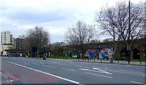 TQ3078 : Albert Embankment by Thomas Nugent
