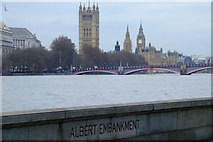 TQ3078 : Houses of Parliament and Lambeth Bridge by Thomas Nugent