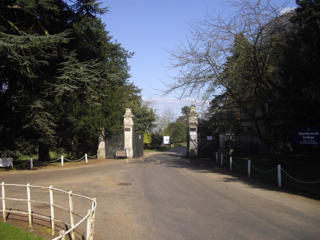 Entrance to Shuttleworth College, Old Warden