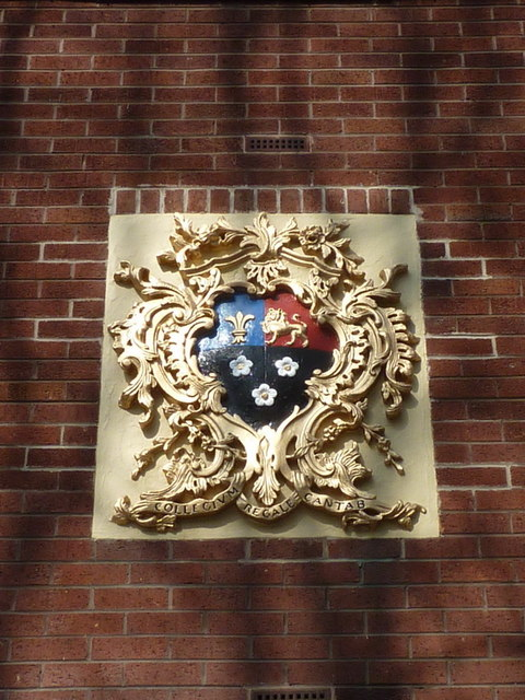 Coat of arms above the door of No8 Vicarage Place, Prescot