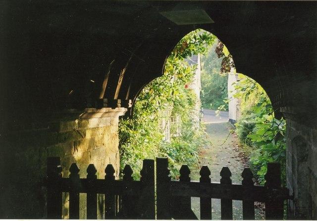 St Miniver church gateway