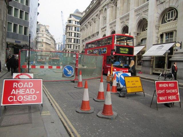 Roadworks in Threadneedle Street