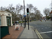 TQ2576 : Putney Bridge to Parsons Green and back via Hurlingham (68) by Basher Eyre