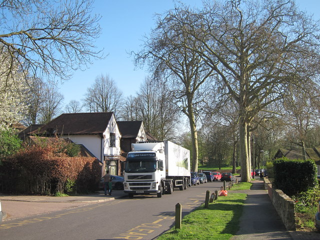 Lorry on Hales Drive