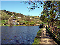 SE0512 : The Huddersfield Narrow Canal above Lock 31E by Andy Beecroft
