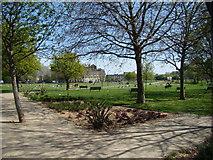 TQ3283 : Shoreditch Park by Robert Lamb