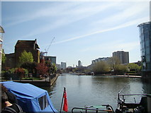 TQ3283 : View of the City Road Basin from the canal towpath by Robert Lamb