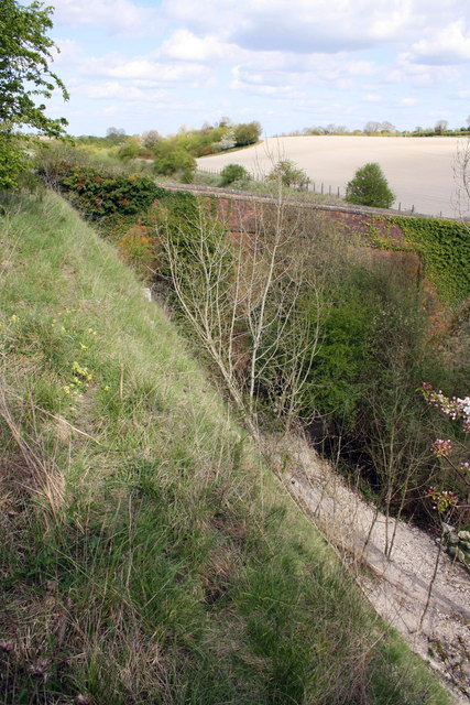 View from top of cutting towards bridge over the trackbed of the Didcot, Newbury and Southampton Railway