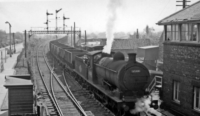 Down empties train approaching Bedlington Station
