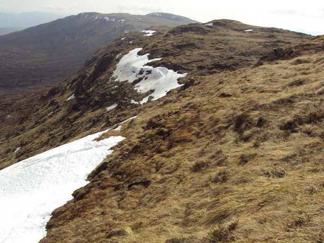 Cliff edges on Sgòr Gaibhre's southern ridge