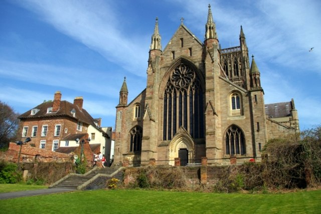 West Front Of Worcester Cathedral 169 Tiger Geograph