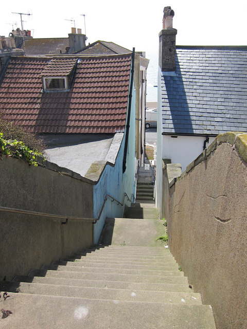 Steps to Undercliff