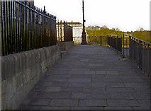 ST7465 : Royal Crescent pavement by Neil Owen