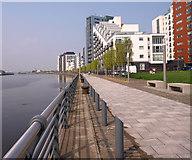 NS5566 : Meadowside Quay by wfmillar