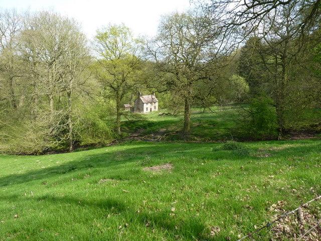 Abandoned farm at Darley
