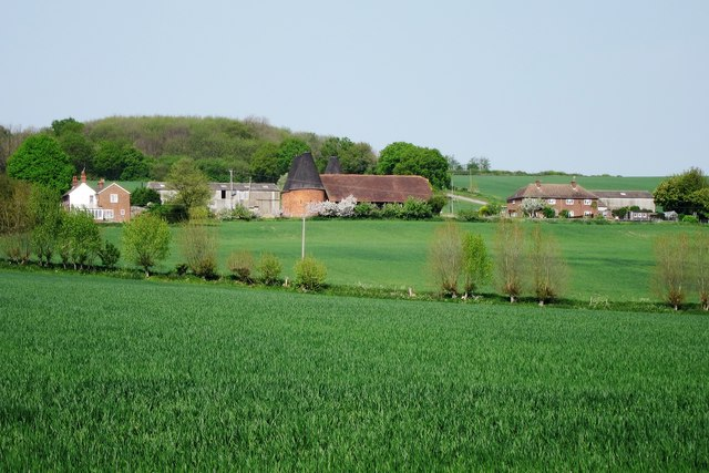 Buston Manor Oast, Shinglebarn Lane, Hunton, Kent