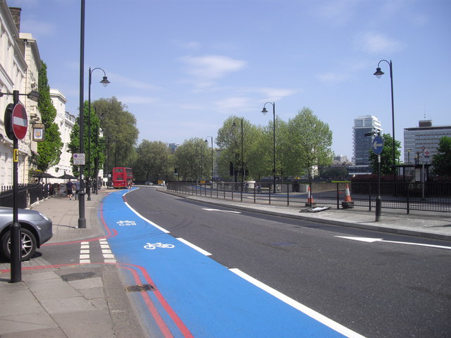 Barclays Cycle Superhighway, Millbank