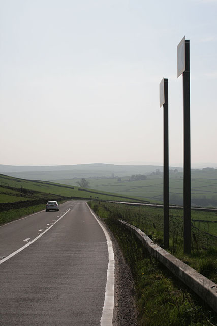 The A623 at Hernstone Lane Head