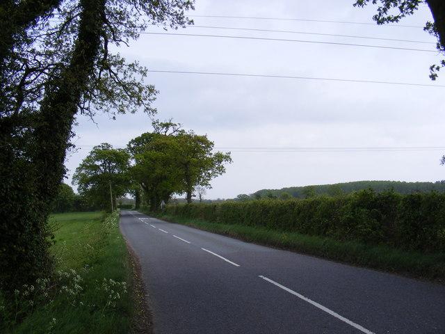 B1118 looking towards Brundish