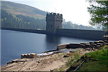 SK1789 : Hope Woodlands : Derwent Dam by Ken Bagnall