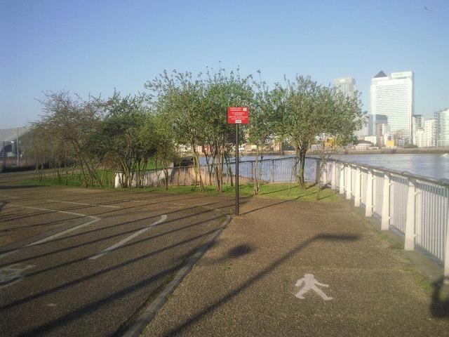 Thames Path near the O2